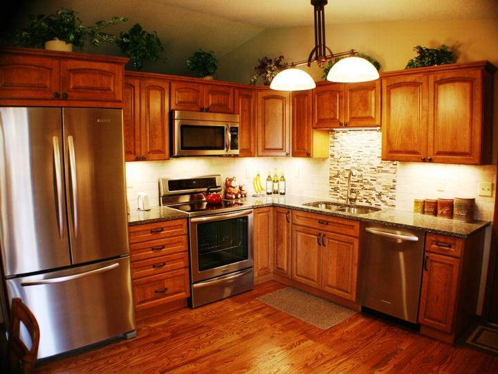 Subway tile backsplash & Kitchen Design Colorado Springs - Kitchen Renovation Ideas Gallery